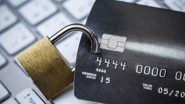 5 Ways To Prevent Debit & Credit Card Fraud