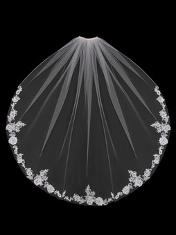 English tulle veil with floral lace