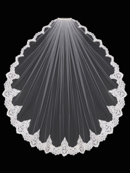 English tulle veil with high point lace design
