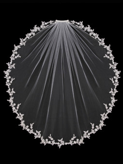 English tulle veil with dainty lace edge