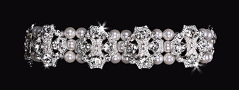 Rhodium plated rhinestone and pearl bead stretch bracelet BL1673