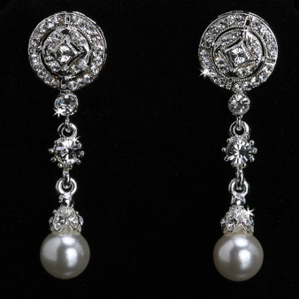 Rhodium plated rhinestone and pearl bead earrings E902