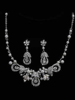 Rhodium plated pearl bead and rhinestone necklace with matching earrings NL1014