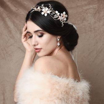 Exquisite Romance Vine - HP147 Blush Pink