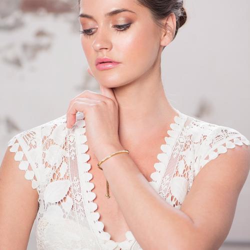 Cubic Zirconia Collection - Crystal Elegance Bracelet - Gold