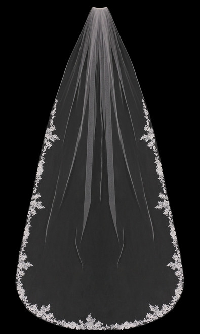 English tulle cathedral veil with lace edge