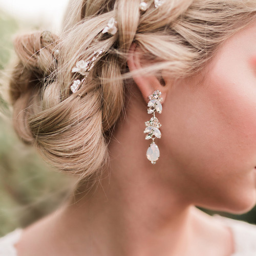 Rhodium plated rhinestone earrings E1960