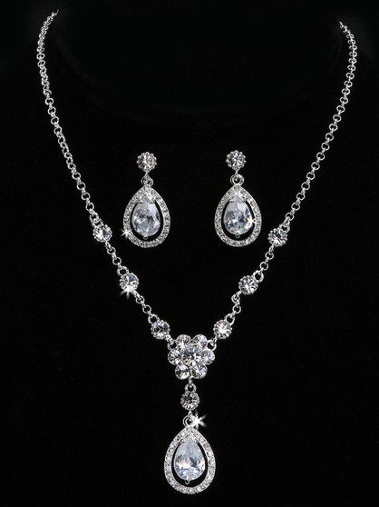 Rhodium plated rhinestone necklace with matching earrings NL901