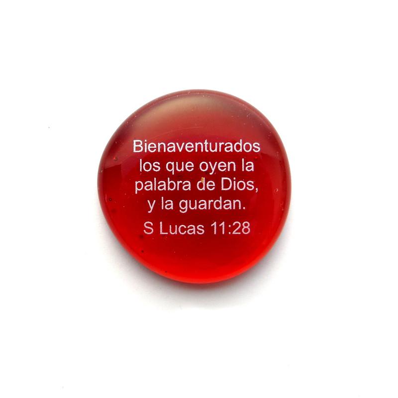 Bienaventurados los que oyen la palabra de Dios, y la guardan. S Lucas 11:28 Spanish Scripture Stone from Lifeforce Glass