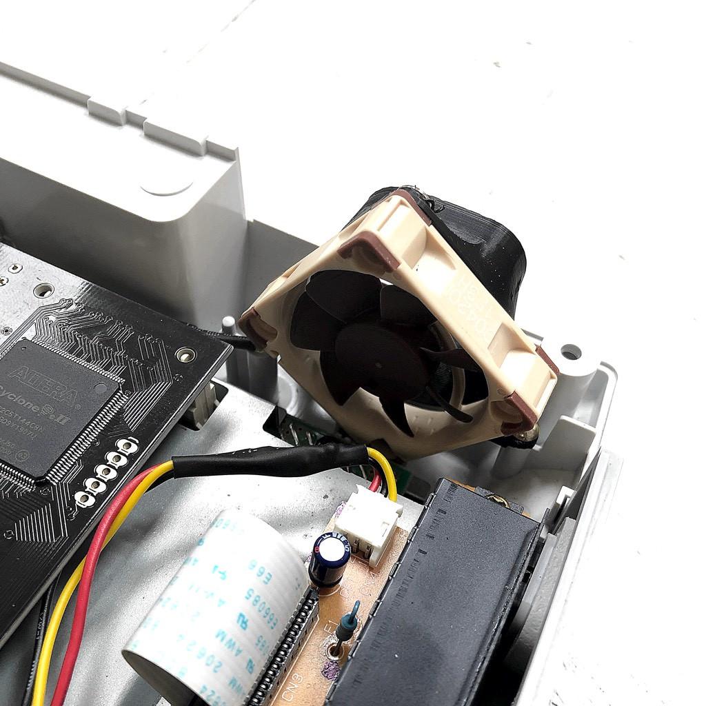 Noctua Silent Fan Upgrade Kit