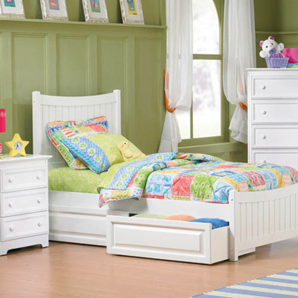Atlantic Manhattan Bed with Raised Panel Bed Drawers in White: Full Size