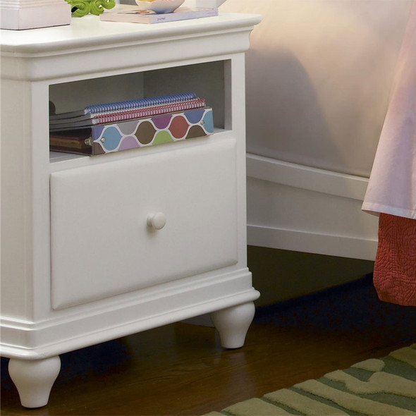 Smart Stuff Classics 4.0 Nightstand in Summer White