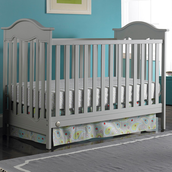Fisher Price Charlotte Classic Crib in Misty Grey