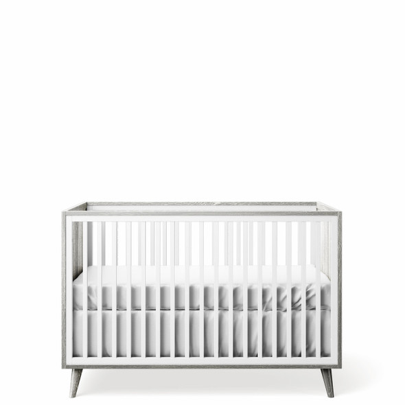 Romina New York Stationary Crib in Silver Frost