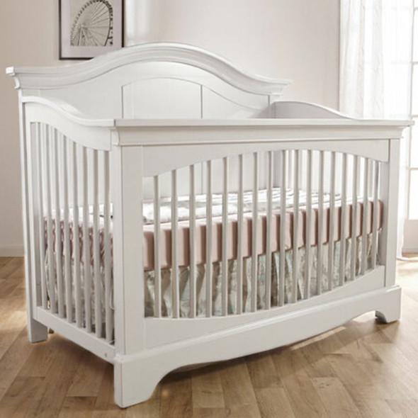 Pali Enna Convertible Crib in Vintage White