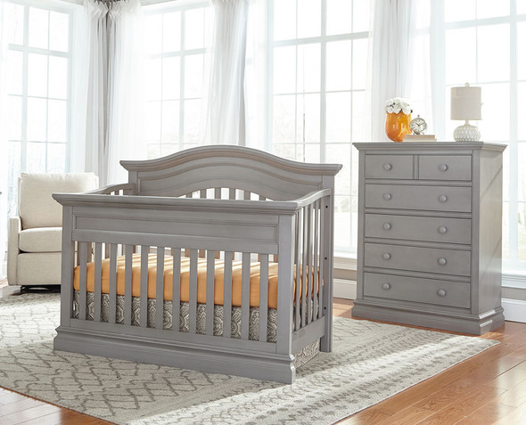 Westwood Stone Harbor 2 Piece Nursery Set - Crib and 5 Drawer Chest in Cloud