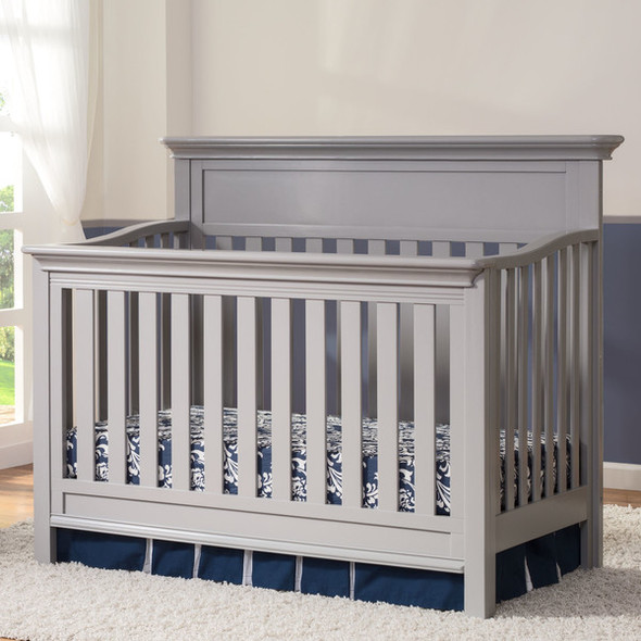 Serta Fernwood 4 in 1 Crib in Grey