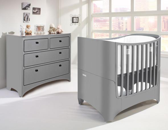 Tulip Leander 2 Piece Nursery Set in Grey-Crib and 4 Drawer Dresser