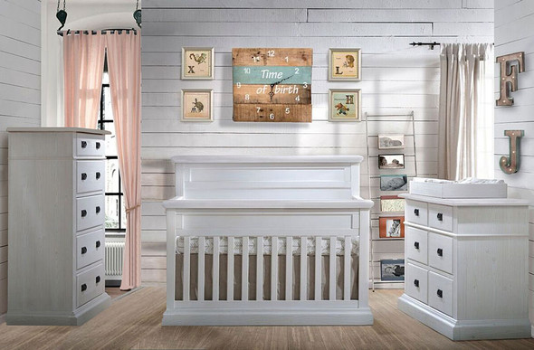 Natart Cortina 3 Piece Nursery Set in White Chalet
