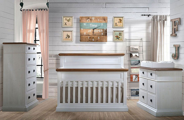 Natart Cortina 3 Piece Nursery Set in White Chalet/Cognac