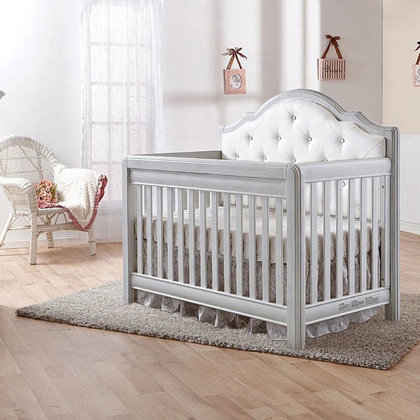 Pali Cristallo Convertible Crib in Vintage White with White Leather Panel