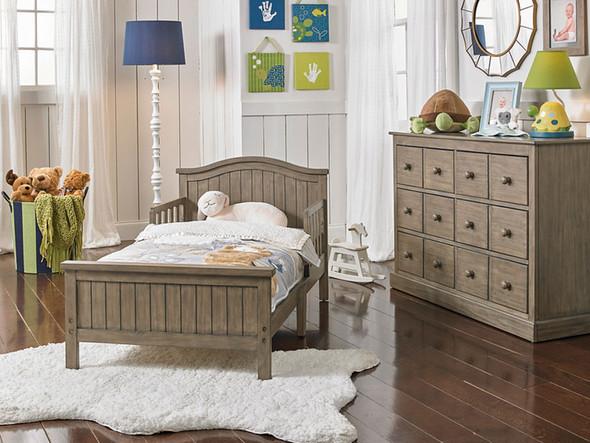 Fisher Price Del Mar Toddler Bed in Vintage Grey