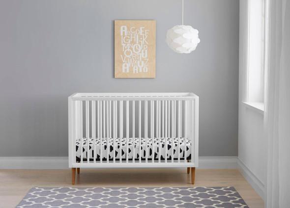 Kolcraft Roscoe Crib in White