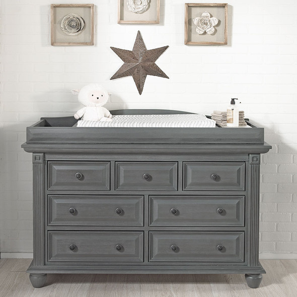 Oxford Baby London Lane 7 Drawer Dresser in Arctic Gray