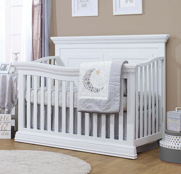 Sorelle Paxton Convertible Crib in White