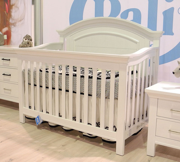 Pali Como 2 Piece Nursery Set -  Crib and Double Dresser in Vintage White