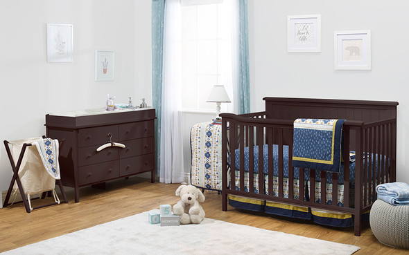 Sorelle Berkley Elite Complete Room (4 In 1 Crib, Hamper, And Double Dresser) in Espresso
