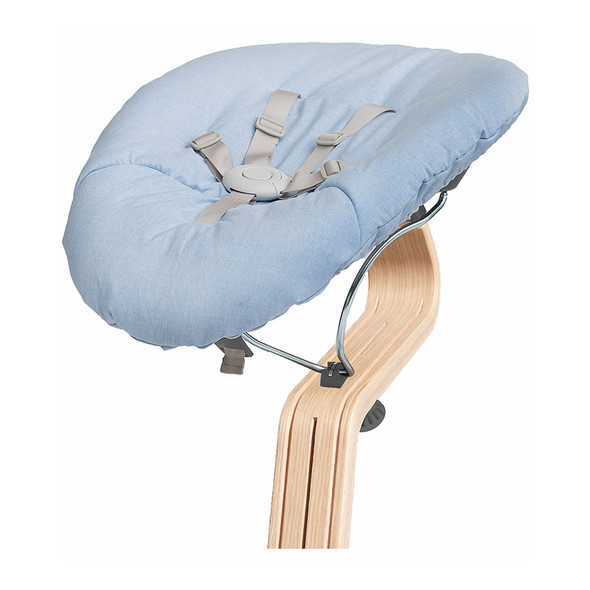 Nomi Baby Base 2.0 in Gray with Blue Cushion