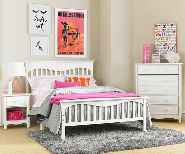 Ti Amo Lena Teen Full Bed w/bed rails in Snow White