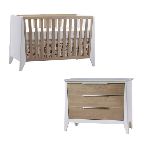 Natart Flexx 2 Piece Nursery Set - Classic Crib and 3 Drawer Dresser in White/ Natural