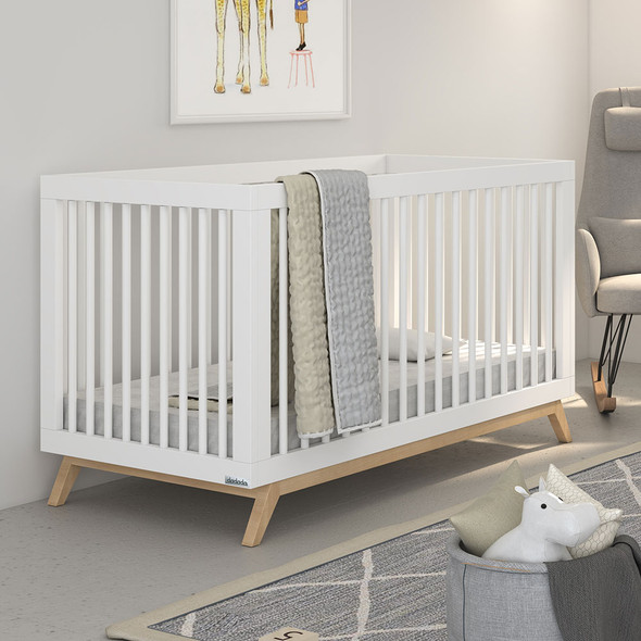 Dadada Soho Collection 2 in 1 Baby Crib in White with Natural Legs