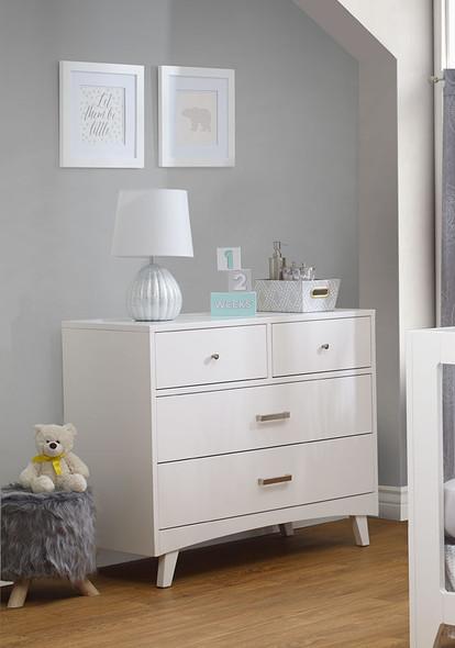 Sorelle Soho 4 Drawer Dresser in White