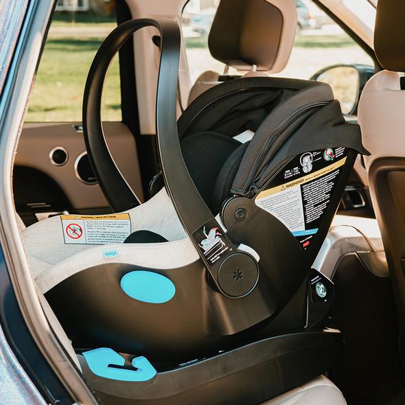 Clek Liing Convertible Car Seat in Marshmallow