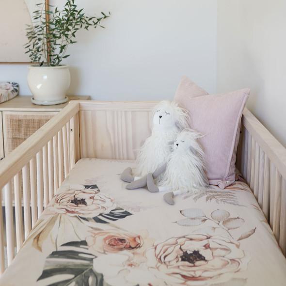 Oilo Vintage Bloom Jersey Crib Sheet