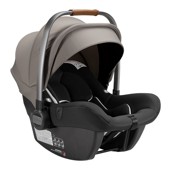 Nuna PIPA Lite R with base in Timber