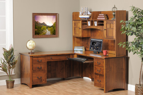 Rivertowne L Desk and Hutch