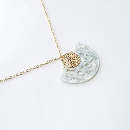 Cardina Lilly Necklace