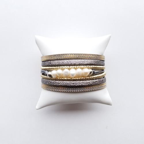 Lake James Slate & Pearl Bracelet
