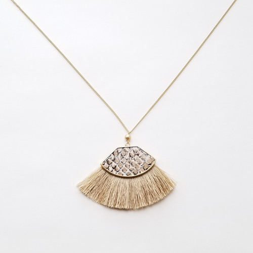 Calligaster Fringe Necklace