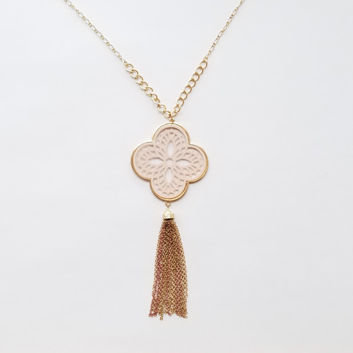 Stria Pendant Necklace