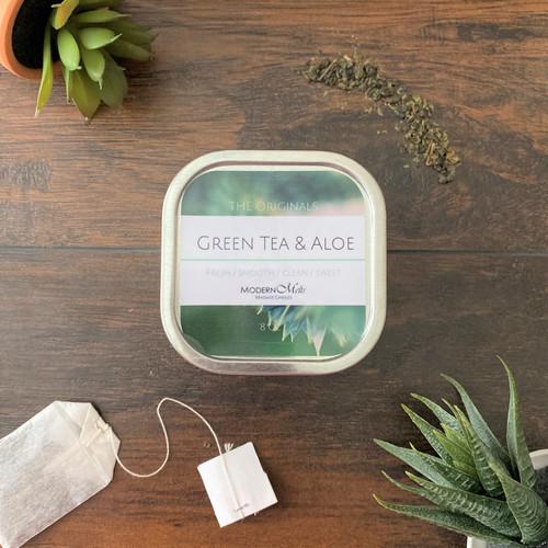 Green Tea & Aloe Massage Candle (8oz)