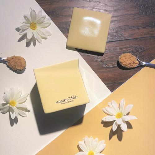 Warm Vanilla Sugar Signature Massage Candle (10oz)
