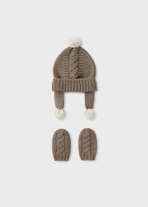 Cable Knit Hat and Mitten Set