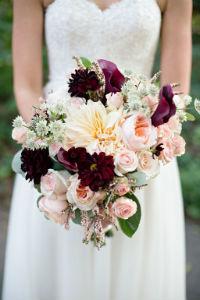 200x300-burzotta-bridal-bouquet.jpg