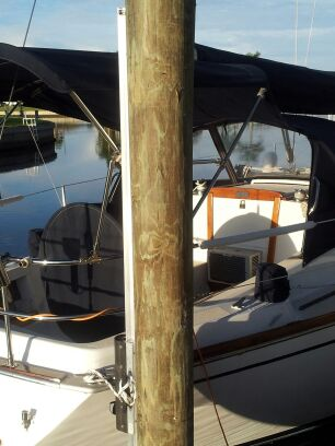 slidemoor-tied-to-boat-19.jpg
