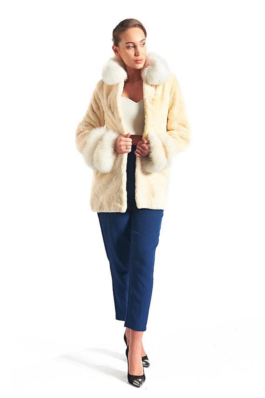 b59c0dac343f9 Off White Beaver Fur Coat
